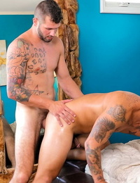 New mans arms trevor miller and endowed toy johnny hill - part 462