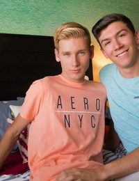 Jared scott and julian bell embark the day off in couch - part 721