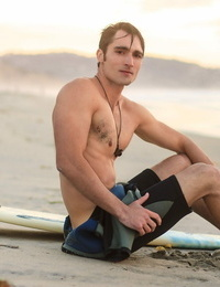Sexy surfer luke wilder catches his last wave of the day - part 709