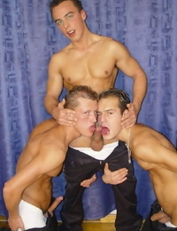 Huge hard-on twink threesome sucking and fucking sensation - part 1619