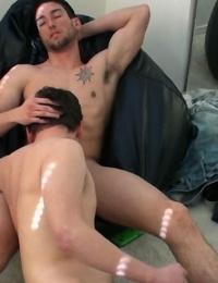 Molten gay guy likes having jism shot into his facehole - part 546