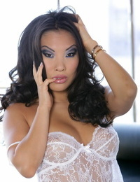 Hot D/s Asa Akira in white lace takes fat shaft in her ass & showcases anal gape