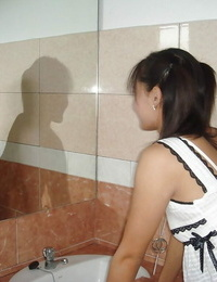 Killer Thai teenager demonstrates off youthfull girl assets after getting bare in bathroom