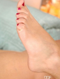 Hot Gams and Feet Angel Rivas
